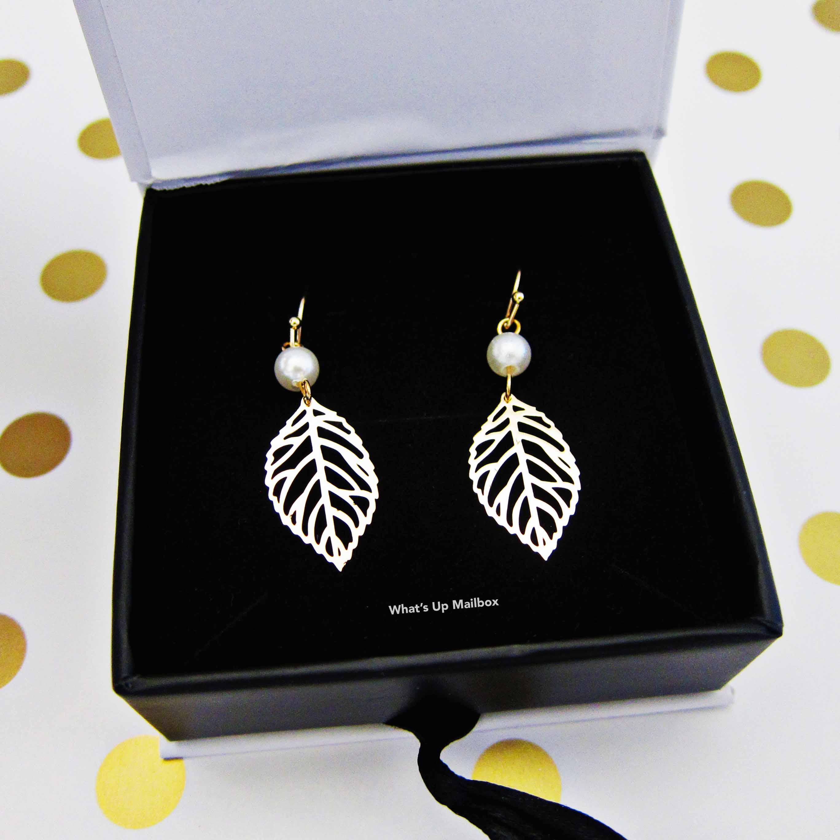 Cate & Chloe Ashlyn Nature Pearl Leaf Earrings