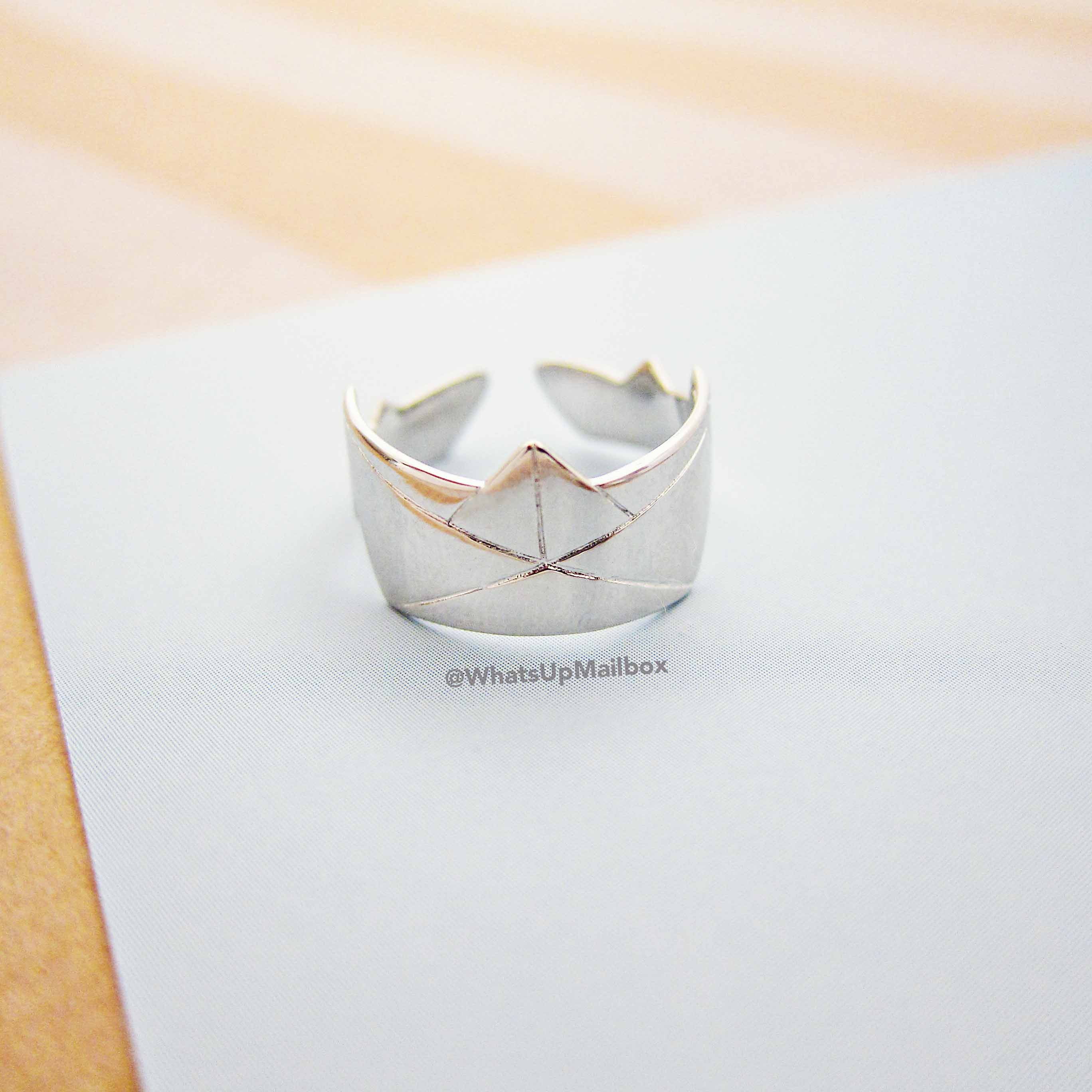 Emma & Chloe August 2016 Item - Peter Hopper Petit Bateau Silver Ring