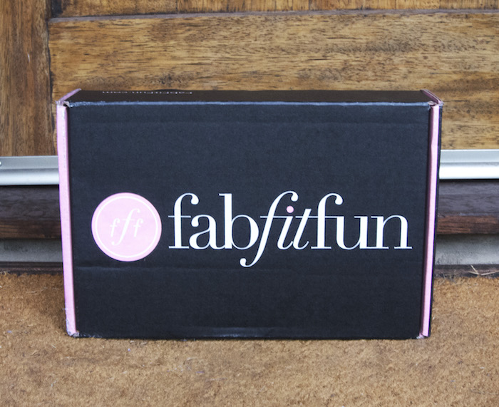 FabFitFun Summer 2015 Box Review + $20 Coupon!