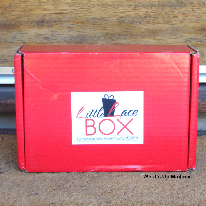 Little Lace Box June 2015 Review + Coupon!