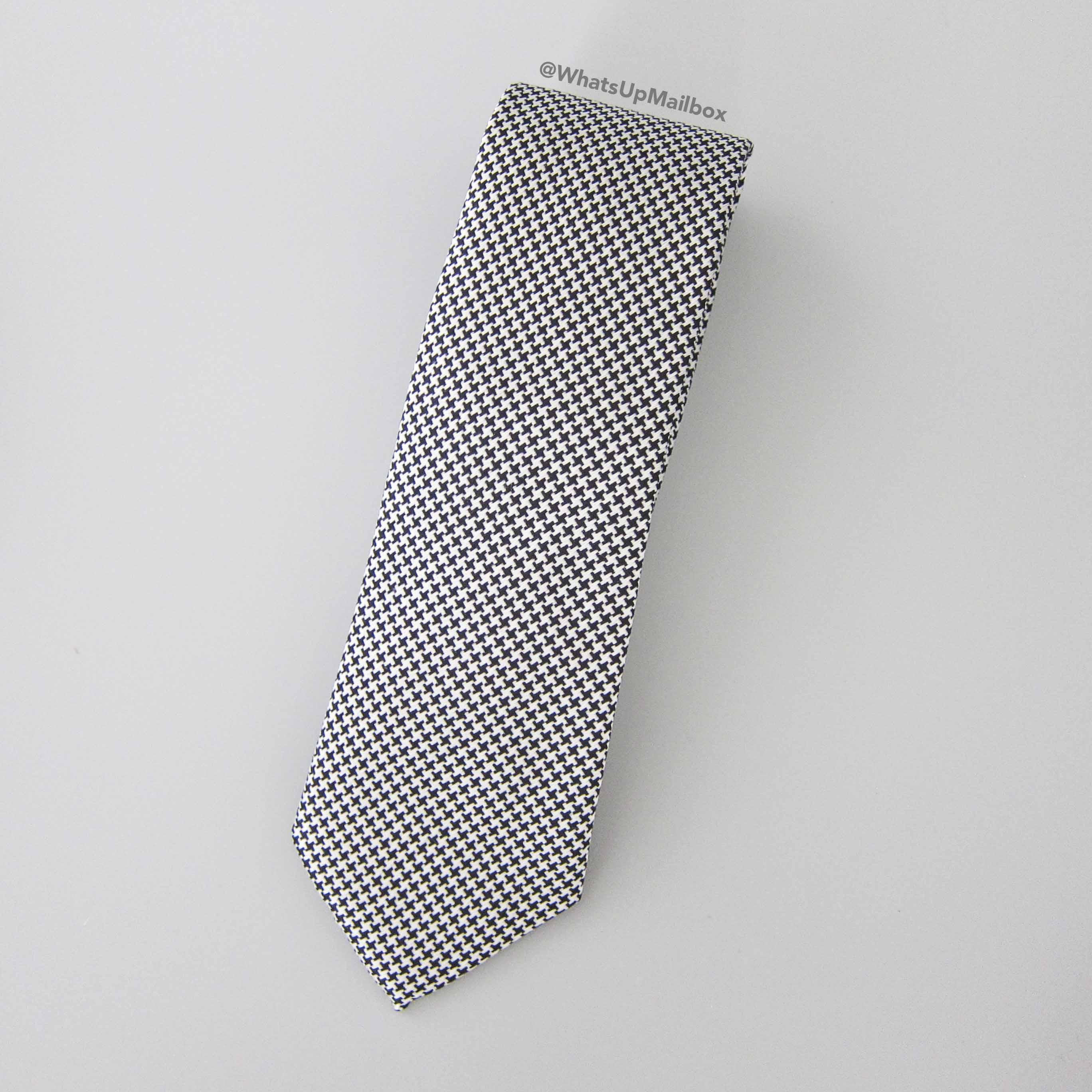 Countess Mara Neck Tie